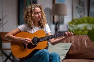 The 6 Best Bluegrass Guitars Reviews